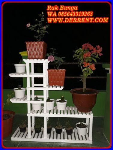 Rak Pot Bunga Minimalis Dari Kayu