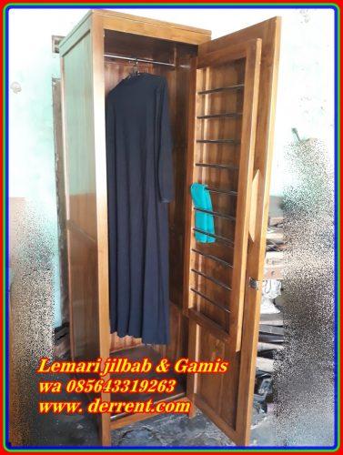 Rak Gamis dan Jilbab Minimalis